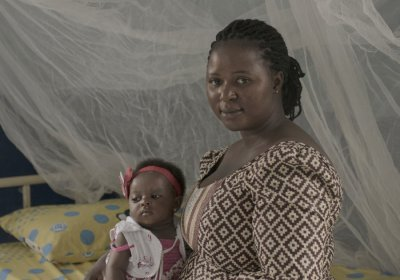 Simi-Joseph & her daughter in Plateau State, Nigeria. Credit: Pieter ten Hoopen / The Lancet Maternal Health Series
