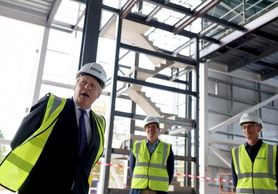 PM Boris Johnson visit VMIC. Credit: Andrew Parsons/No 10 Downing Street