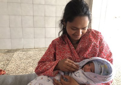 Nepali mother with her newborn. Credit: Srijana Sharma