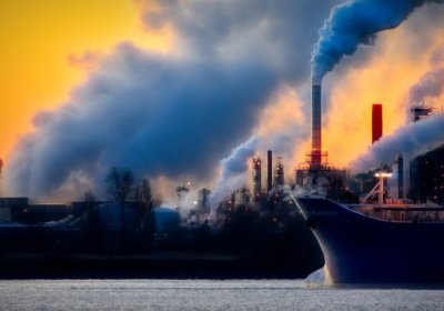 Caption: Factory smoke / global warming. Credit: Pixabay