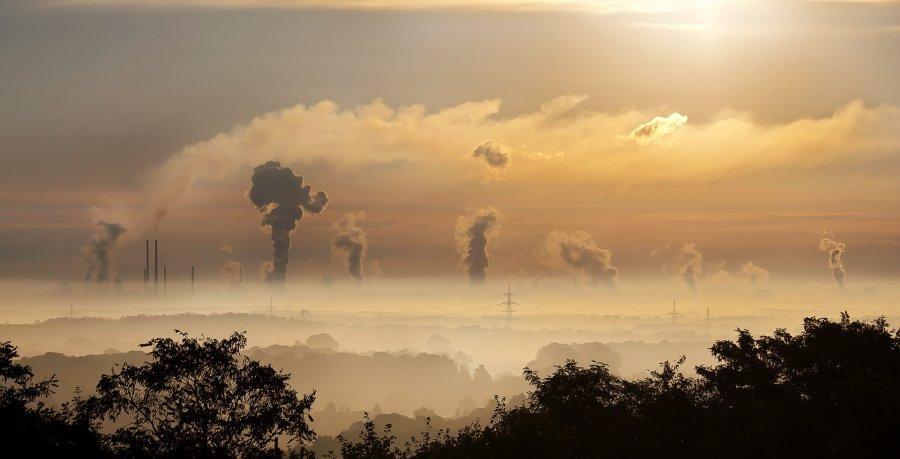 Caption: Air pollution. Pixabay