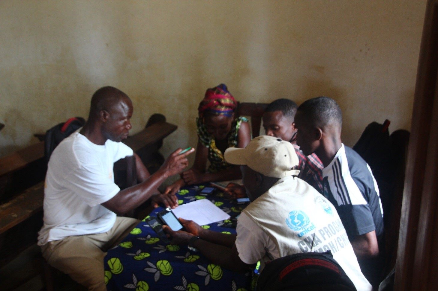 Training community health workers to use smartphones for data collection